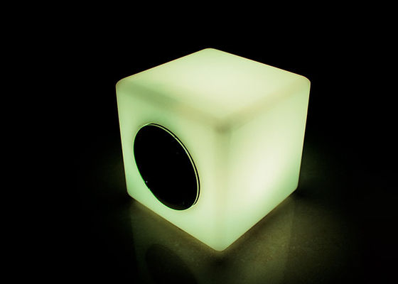RGBW Light Flashing Bluetooth Speaker Excellent UV Resistant And Waterproof