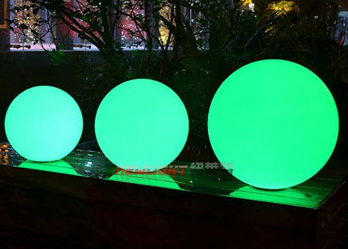 Outdoor Decoration LED sphere balls For Pool Built - In Metal Hanging Hook